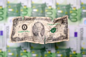 کم ترین حد وابستگی به دلار در تاریخ روسیه